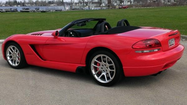 Used 2004 Dodge Viper ONLY 5000 MILES-2ND OWNER | Mundelein, IL