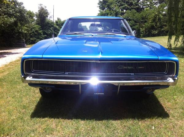 Used 1968 Dodge Charger VERY NICE MOPAR-RARE 4 SPEED | Mundelein, IL