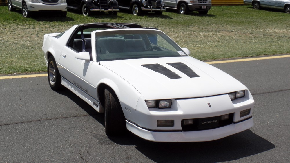 Used 1986 Chevrolet Iroc Z28-5.7 WITH 5 SPEED MANUAL-RARE COMBO-RUST FREE FROM NORTH CAROLINA | Mundelein, IL