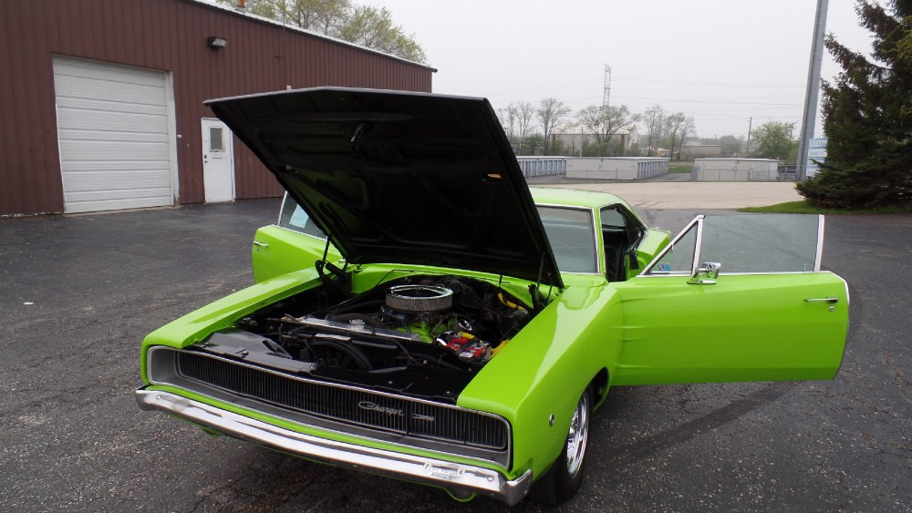 1968 dodge charger sub lime 2nd generation mopar ready for the car shows see videos stock. Black Bedroom Furniture Sets. Home Design Ideas