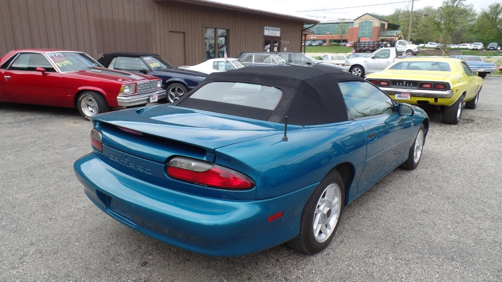 Used 1995 Chevrolet Camaro SUMMER FUN WITH THE TOP DOWN | Mundelein, IL
