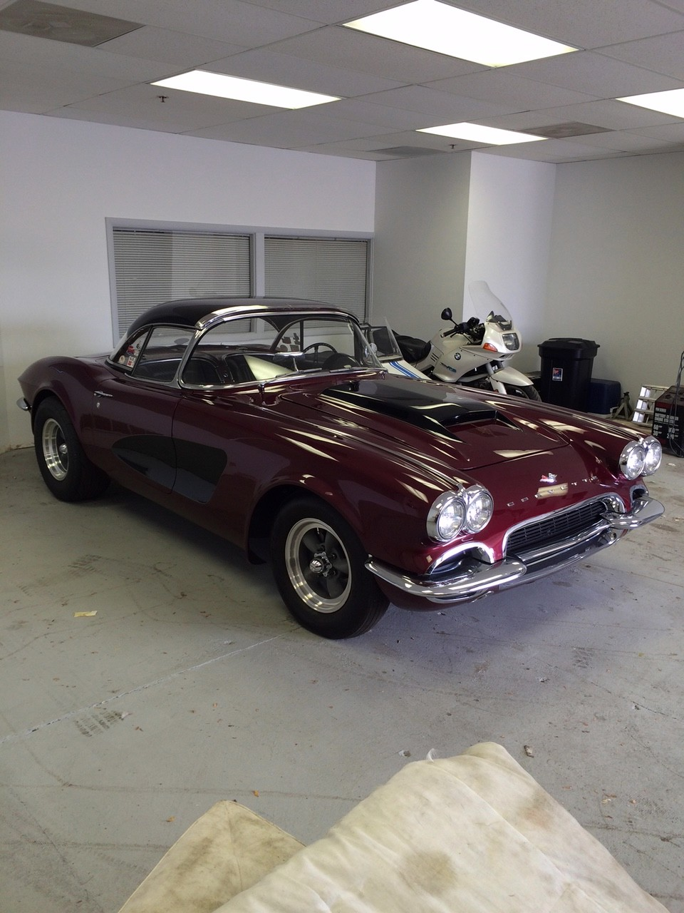 Used 1961 Chevrolet Corvette FIRST GENERATION ROADSTER - BUILT 4 SPEED 12 BOLT-VIDEO | Mundelein, IL