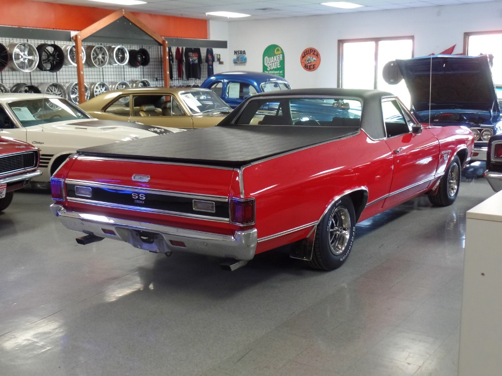 Used 1970 Chevrolet El Camino SS-RESTORED from California WITH AC | Mundelein, IL