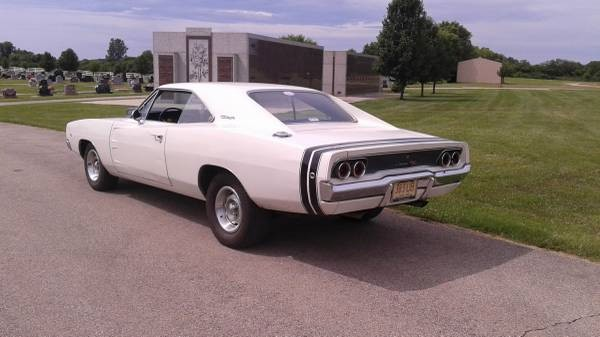 Used 1968 Dodge Charger R/T Tribute- CALIFORNIA MOPAR | Mundelein, IL