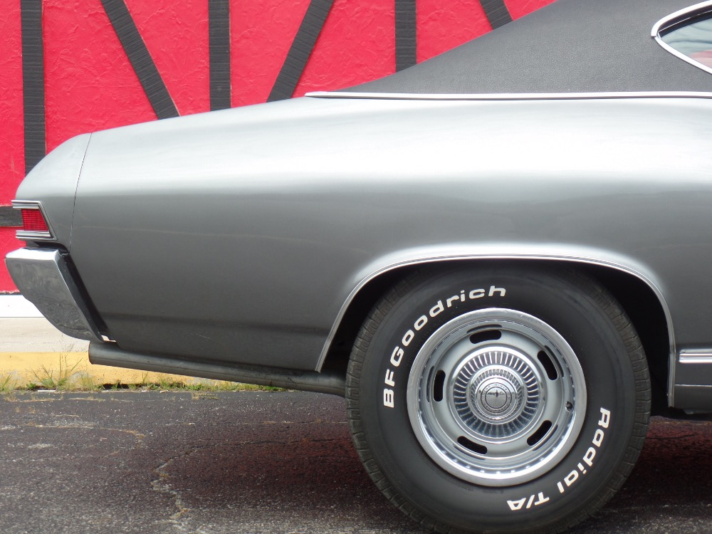 Used 1968 Chevrolet Chevelle CORTEZ SILVER-NEW PAINT | Mundelein, IL