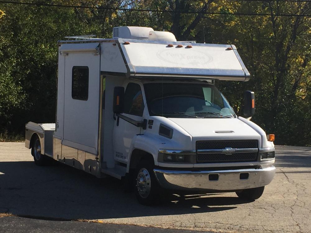 Used 2005 Chevrolet C5500 Pony Express Toter Motor Home TOP KICK KODIAK STYLE | Mundelein, IL