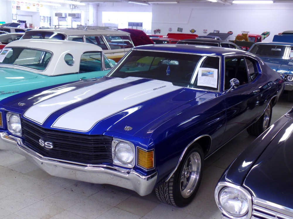 Used 1972 Chevrolet Chevelle 2nd Generation Malibu with SS appearance package-factory L65-great color- | Mundelein, IL