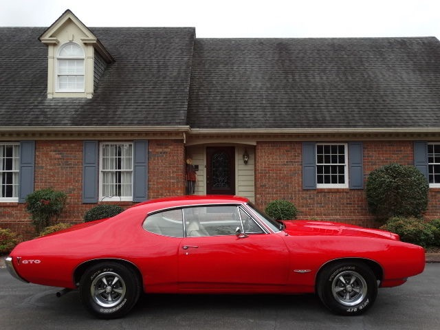 Used 1968 Pontiac GTO Real GTO-242 Vin Car- Real Nice paint- From the South - with a GREAT PRICE  | Mundelein, IL