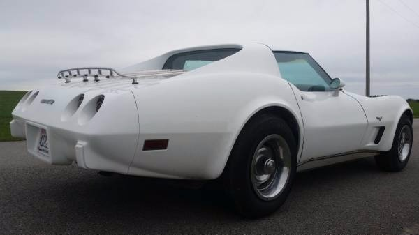 Used 1977 Chevrolet Corvette -NEW PAINT JOB- | Mundelein, IL