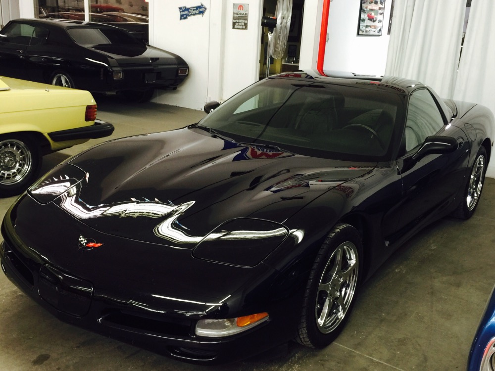 Used 1998 Chevrolet Corvette -ONLY 34,798 ORIGINAL MILES-GARAGE KEPT-BLACK ON BLACK C5-2 TOPS | Mundelein, IL