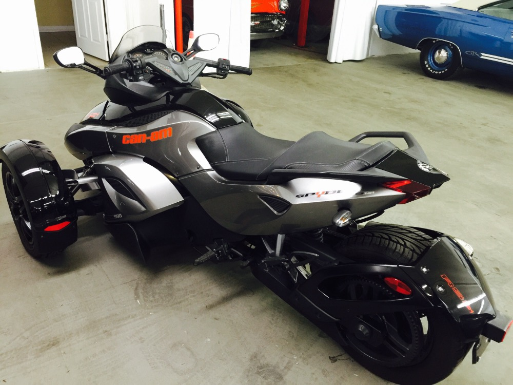 Used 2012 Can Am Spyder RS-S Like new condition-One owner | Mundelein, IL