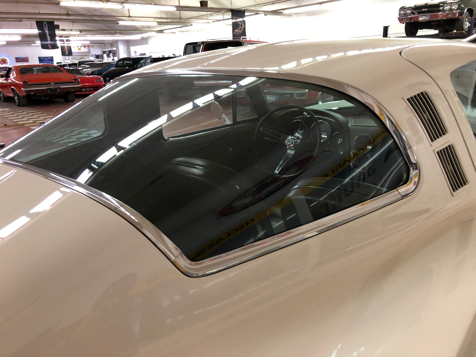 Used 1965 Chevrolet Corvette -DISCOUNT PRICE - ORIGINAL INTERIOR- NUMBERS MATCHING | Mundelein, IL