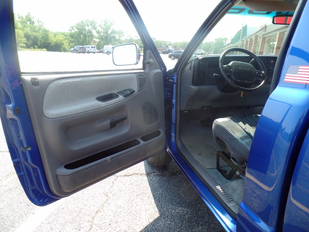 Used 1996 Dodge Ram -EYE IT, TRY IT, BUY IT-VIPER BLUE-1996 Indianapolis 500- SEE VIDEO   Mundelein, IL