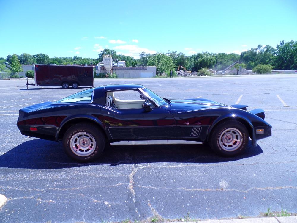 Used 1980 Chevrolet Corvette NICE BLACK PAINT-L82 C3-ONLY HAS 44,316 ORIGINAL MILES-SEE VIDEO | Mundelein, IL