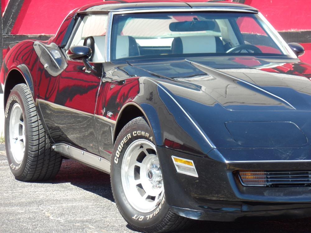Used 1980 Chevrolet Corvette NICE BLACK PAINT-L82 C3-ONLY HAS 44,316 ORIGINAL MILES-SEE VIDEO | Mundelein, IL