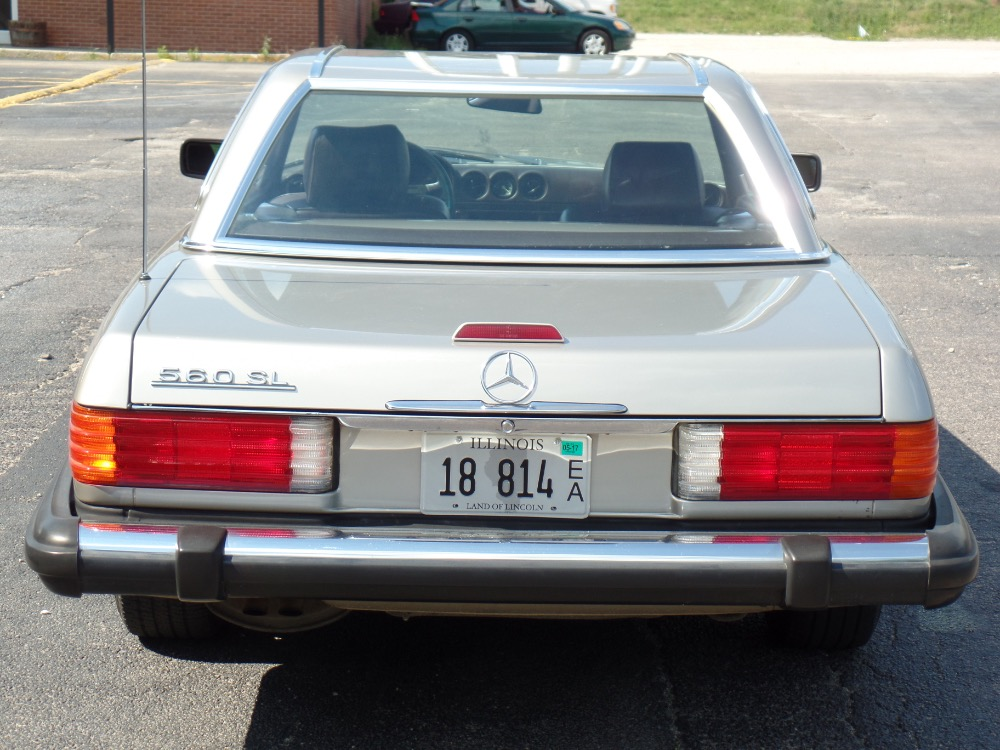 1989 Mercedes Benz 560sl Well Maintained See Video Stock