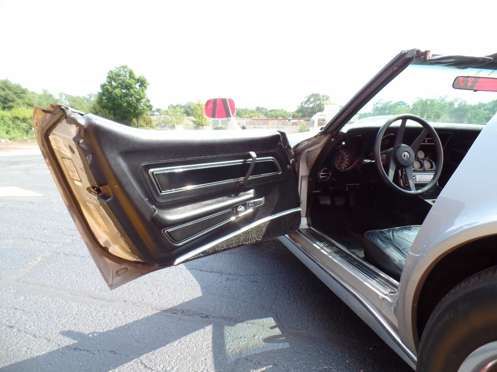Used 1977 Chevrolet Corvette -C3- T-TOP WITH FRESH MOTOR- SEE VIDEO | Mundelein, IL
