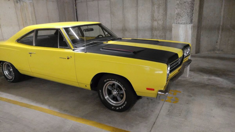 Used 1969 Plymouth RoadRunner -426 BIG BLOCK-BEEP BEEP- READY, SET, ZOOM-MOPAR POWER- | Mundelein, IL