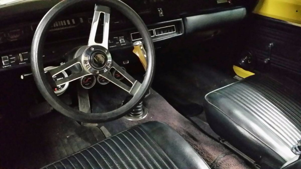Used 1969 Plymouth RoadRunner -426 BIG BLOCK-BEEP BEEP- READY, SET, ZOOM-MOPAR POWER- | Mundelein, IL