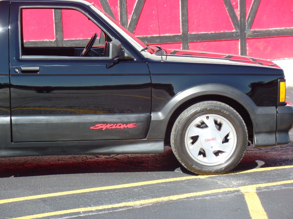 Used 1991 GMC Syclone -RARE-TURBO-ONLY 2995 WERE BUILT-Clean Carfax-NEW LOW PRICE-SEE VIDEO | Mundelein, IL
