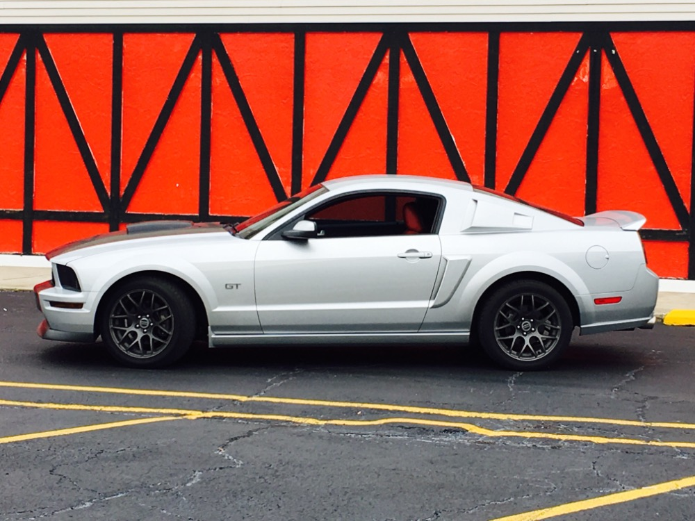 Used 2006 Ford Mustang -GT- LOW MILES- GREAT CAR -SEE VIDEO | Mundelein, IL