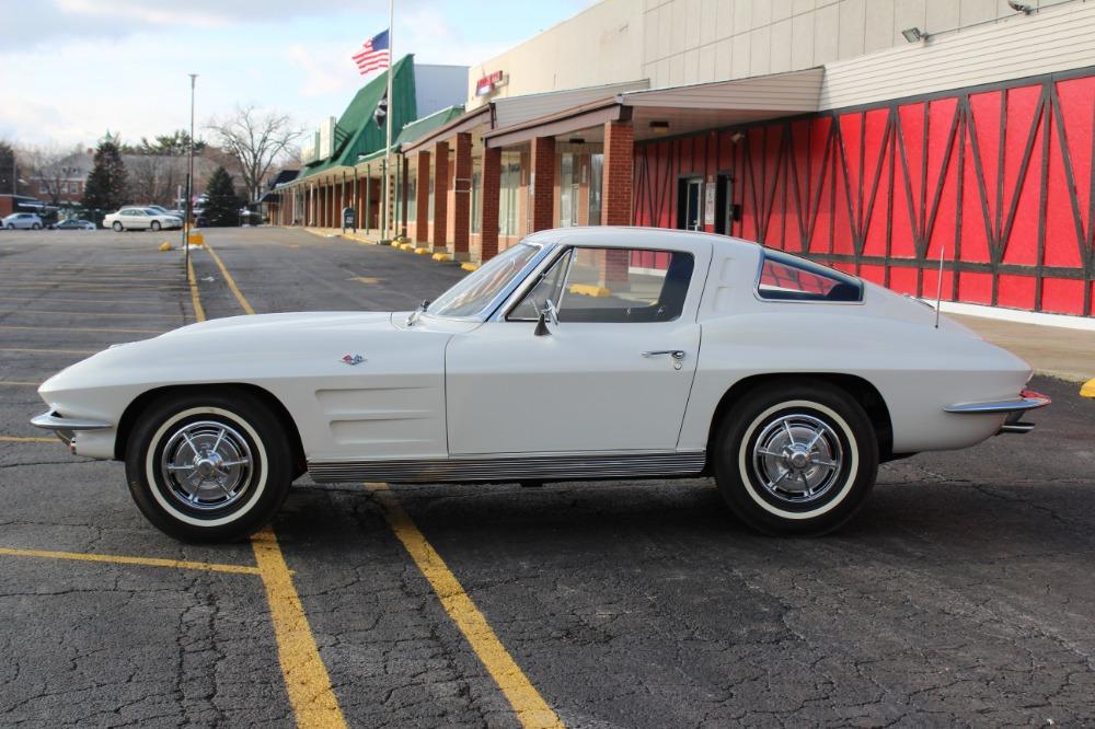 Used 1963 Chevrolet Corvette - SPLIT WINDOW- PRICE DROP - 340HP- RARE FIND- TRIPLE CROWN WINNER | Mundelein, IL