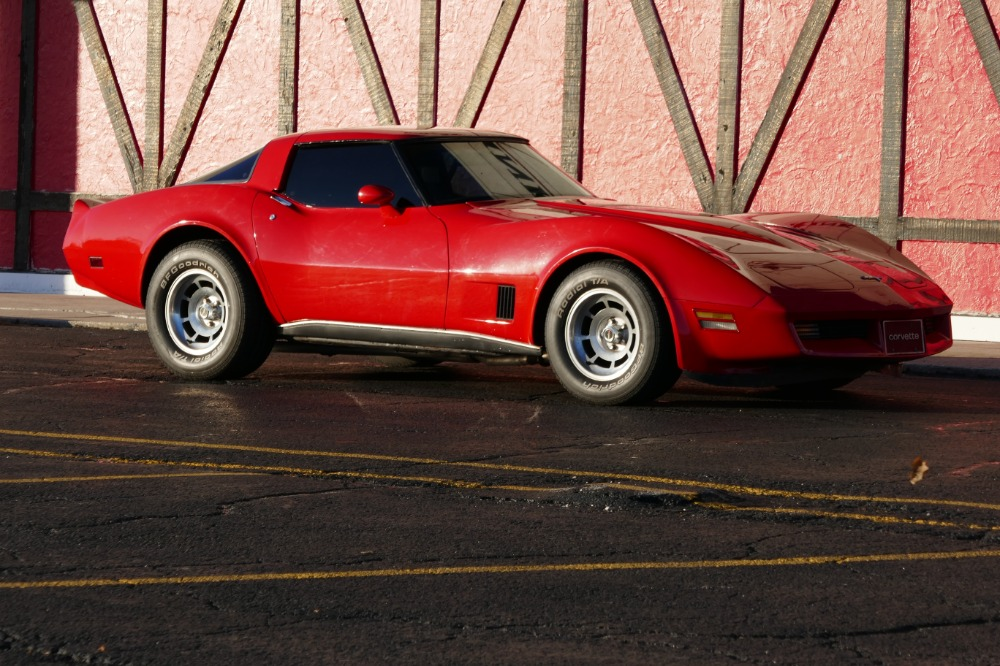 1980 chevrolet corvette awesome low mileage little red stingray nice condition t tops see video. Black Bedroom Furniture Sets. Home Design Ideas