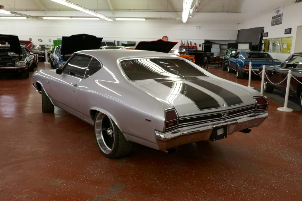 Used 1969 Chevrolet Chevelle -SS396-SUPER SPORT-FRAME OFF RESTORED-REAL 69 CORTEZ SILVER-WITH 4 SPEED | Mundelein, IL