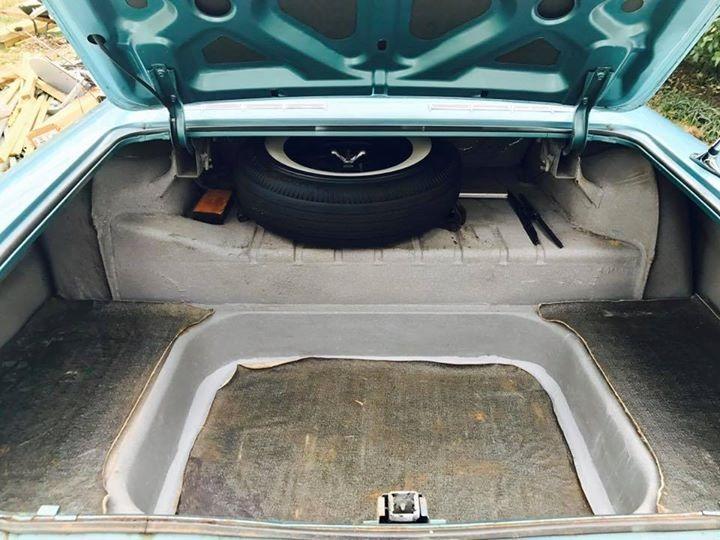 Used 1961 Chevrolet Impala -2DOOR SEDAN WITH AUTOMATIC POWERGLIDE-RESTORED TO ORIGINAL-NEEDS NOTHING- | Mundelein, IL