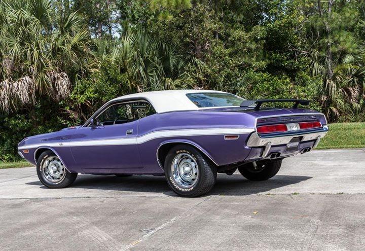 Used 1970 Dodge Challenger RT 440 6PACK V8-V-CODE-WINTER PARK CONCOURS RUNNER UP- | Mundelein, IL