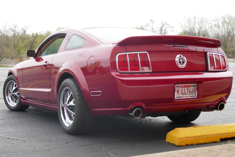 mustang 2005 retro v6 ford modified coupe pony dealer