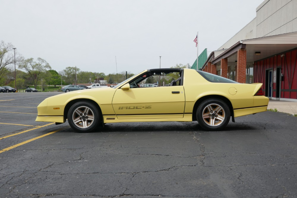 Used 1987 Chevrolet Camaro PRICED TO SELL-Iroc Z-5 Speed Manual-T-Tops-SEE VIDEO | Mundelein, IL