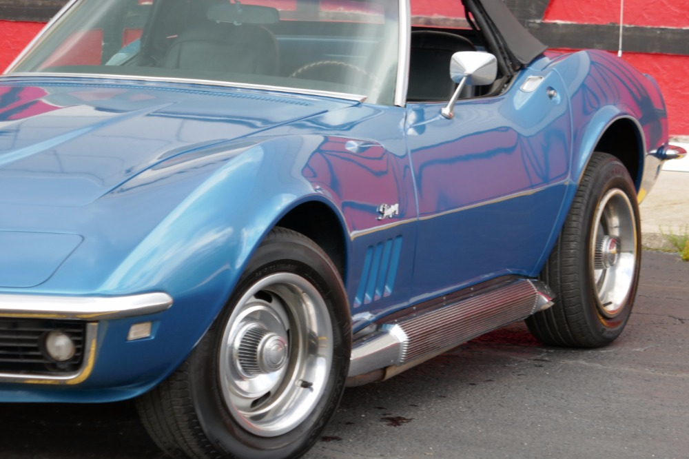 Used 1968 Chevrolet Corvette Convertible Stingray-Marina Blue with 4 speed- | Mundelein, IL