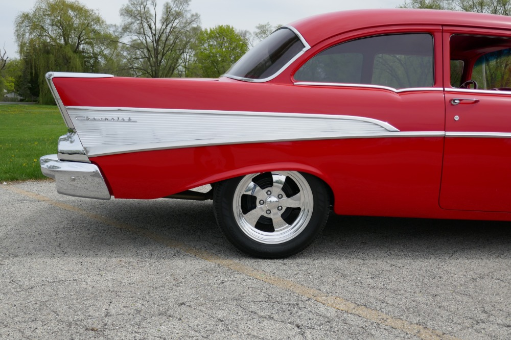 Used 1957 Chevrolet Bel Air -PRICE DROP!!- -RESTO MOD -BEAUTIFUL PAINT-TRI FIVE-NEW LOWERED PRICE | Mundelein, IL