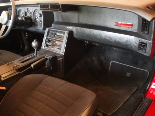 Used 1986 Chevrolet Camaro -IROC Z28- WELL MAINTAINED 305 V8- | Mundelein, IL