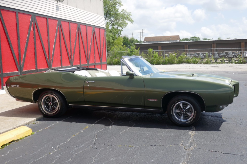 Used 1968 Pontiac GTO - CONVERTIBLE 242 - 400 V8 / 4SPEED MANUAL TRANS-SEE VIDEO   Mundelein, IL