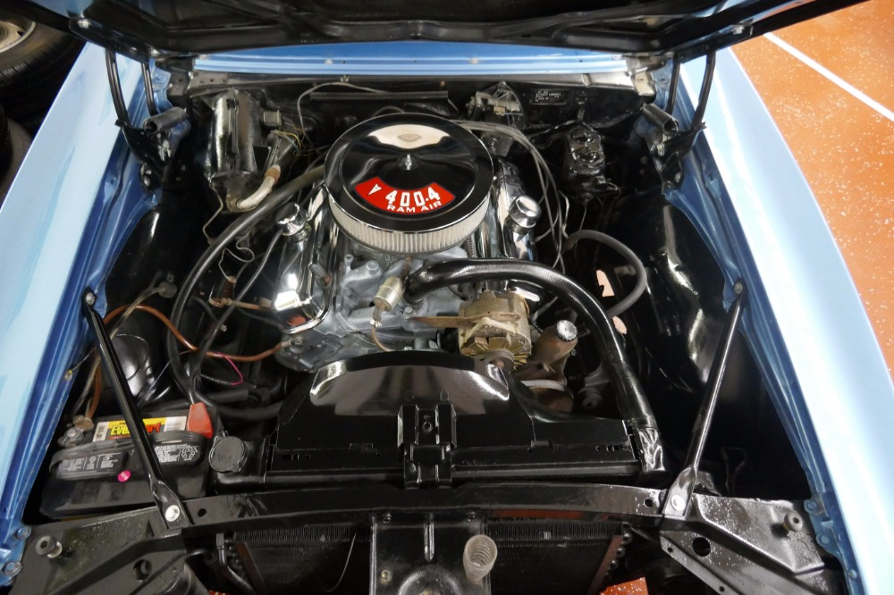 1967 Pontiac Firebird -REAL F-1 CODE-V8 ENGINE WITH 4 SPEED TRANS