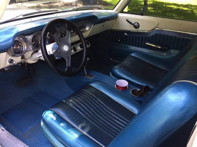 1963 Ford Fairlane -500- 2-DOOR HARDTOP- 302 V8- AUTOMATIC