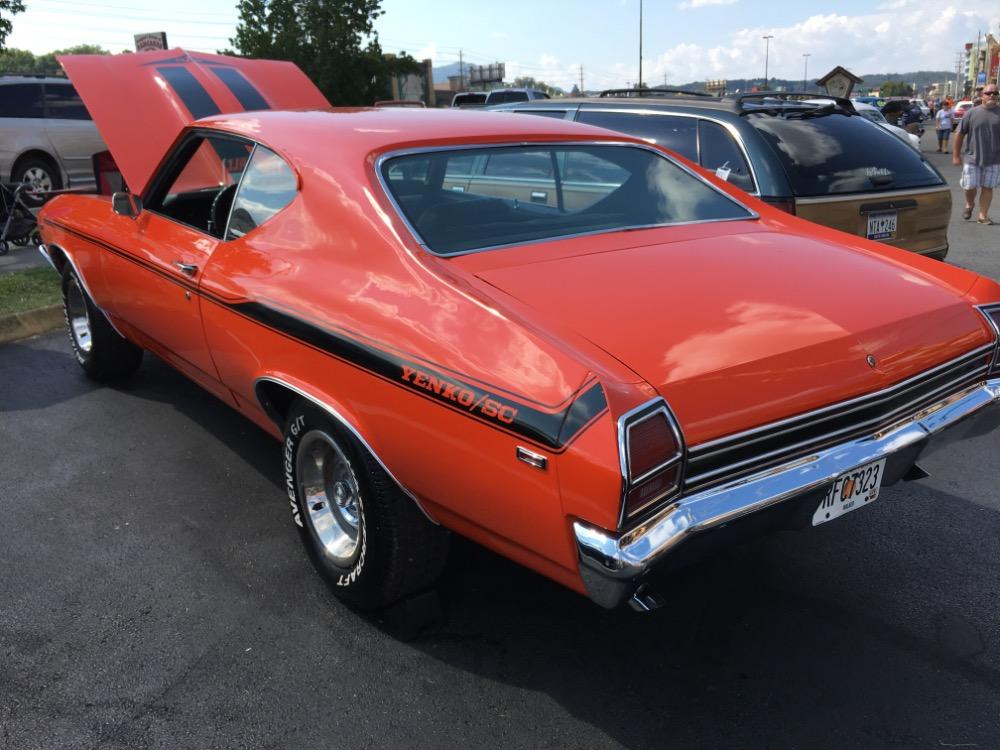 Used 1969 Chevrolet Chevelle -BIG BLOCK 454-YENKO TRIBUTE-HUGGER ORANGE NEW PAINT-FREE DELIVERY- | Mundelein, IL