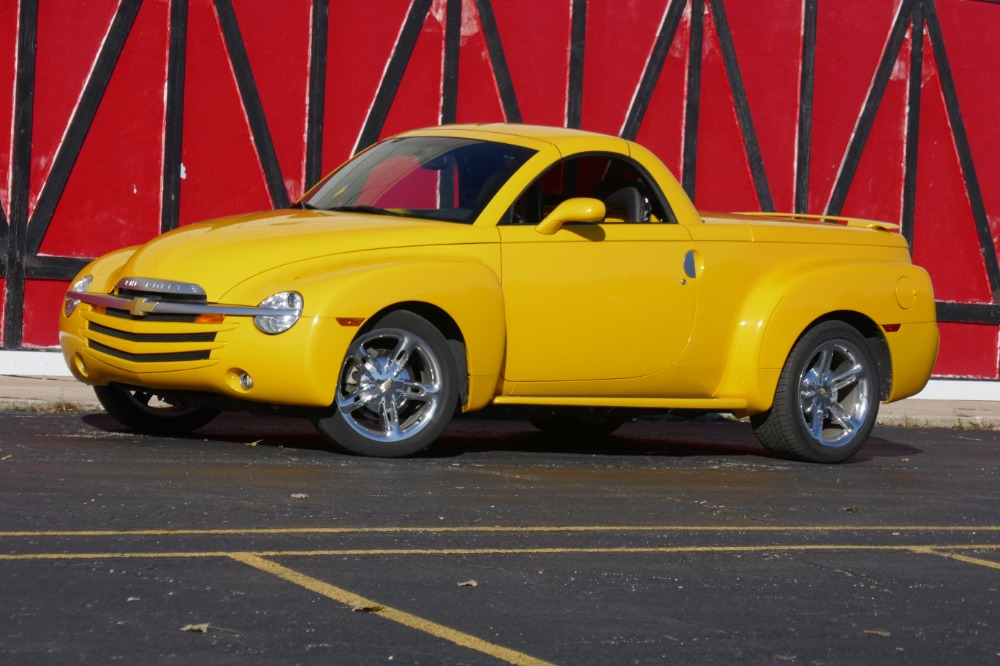 Used 2005 Chevrolet SSR -FUTURE COLLECTABLE- | Mundelein, IL