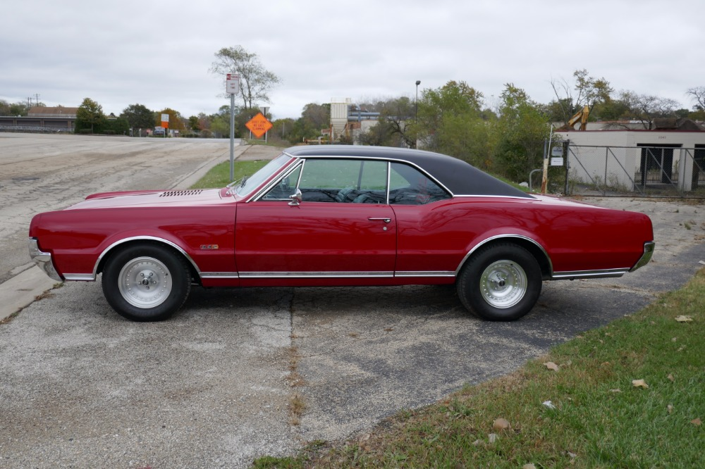 Used 1967 Oldsmobile 442 -CLASSIC COUPE- 425 V8/4-SPEED MANUAL- | Mundelein, IL