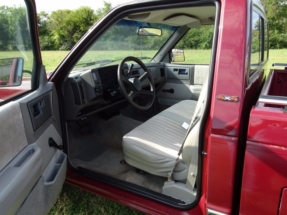Used 1992 Chevrolet Pickup -S10-1 OWNER TRUCK-SHORTBED-4X4-4.3 L V6 ACTUAL MILES-NORTH CAROLINA- | Mundelein, IL