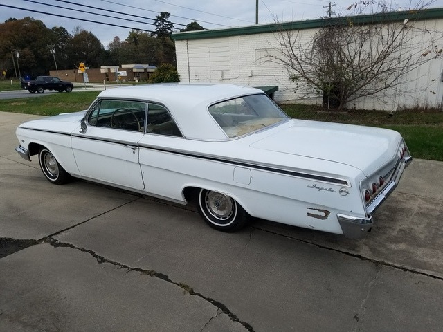 Used 1962 Chevrolet Impala -ANNIVERSARY GOLD HARDTOP COUPE-DRIVE AND RESTORE | Mundelein, IL