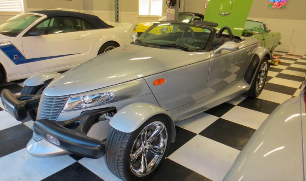 Used 2000 Plymouth Prowler -MINT SHOWROOM CONDITION-ONLY 6k ORIGINAL MILES- LIKE NEW - SEE VIDEO | Mundelein, IL