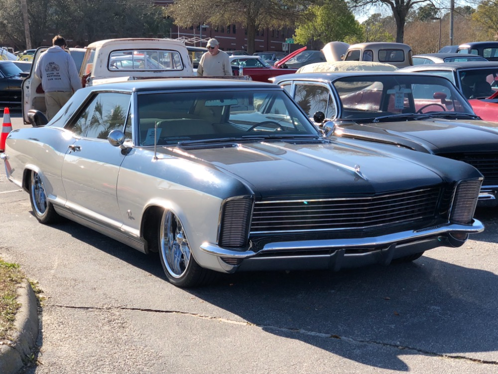 Used 1965 Buick Riviera -401 NAILHEAD ENGINE SLAMMED ON AIR RIDE-PRO TOURING | Mundelein, IL