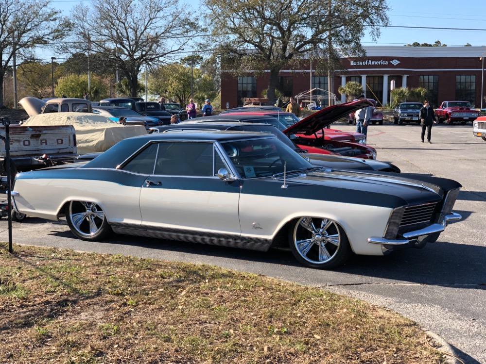 Used 1965 Buick Riviera -401 NAILHEAD ENGINE SLAMMED ON AIR RIDE-PRO TOURING   Mundelein, IL