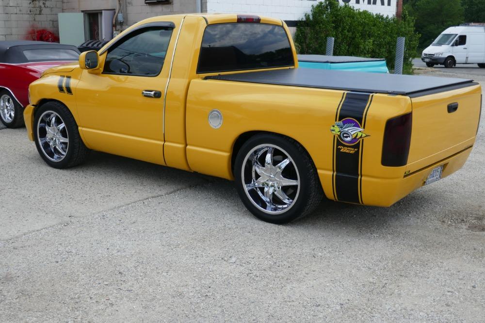 2004 dodge pickup ram 1500 rumble bee lowered pick up. Black Bedroom Furniture Sets. Home Design Ideas
