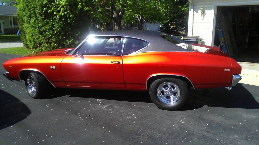 Used 1969 Chevrolet Chevelle -5 SPEED PRO TOURING BIG BLOCK CHEVELLE-AWESOME PAINT WORK- | Mundelein, IL