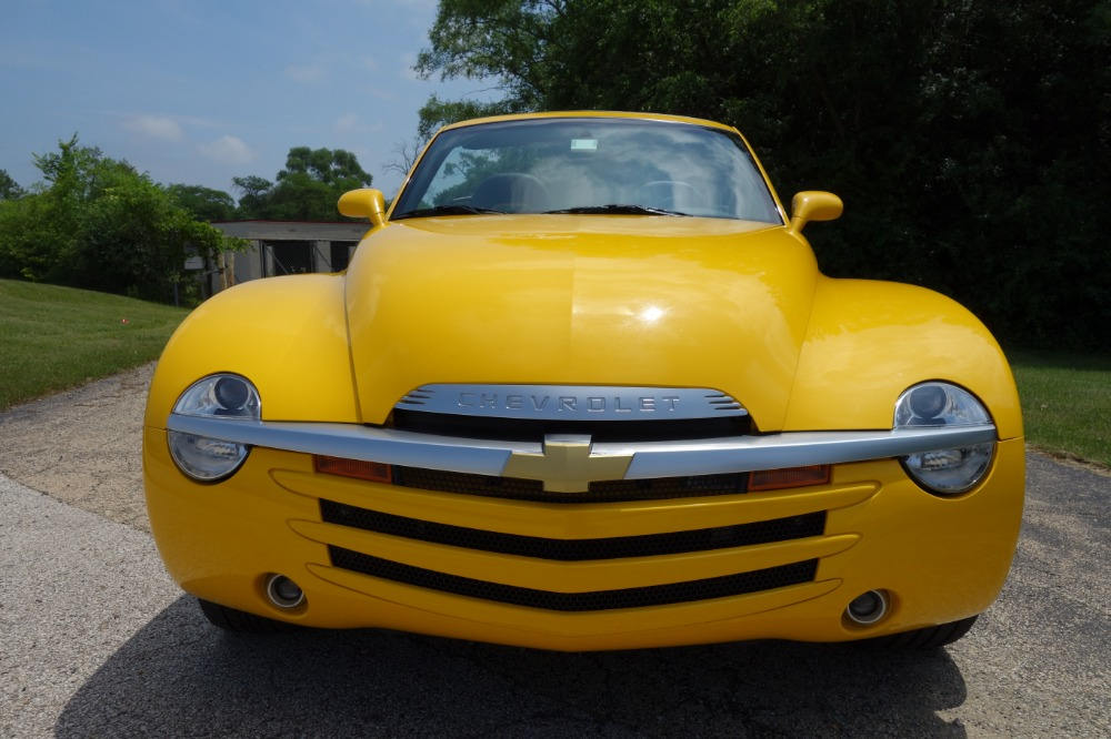 Used 2005 Chevrolet SSR -CONVERTIBLE - 390HP WITH 405 LB FT TORQUE- SEE VIDEO | Mundelein, IL