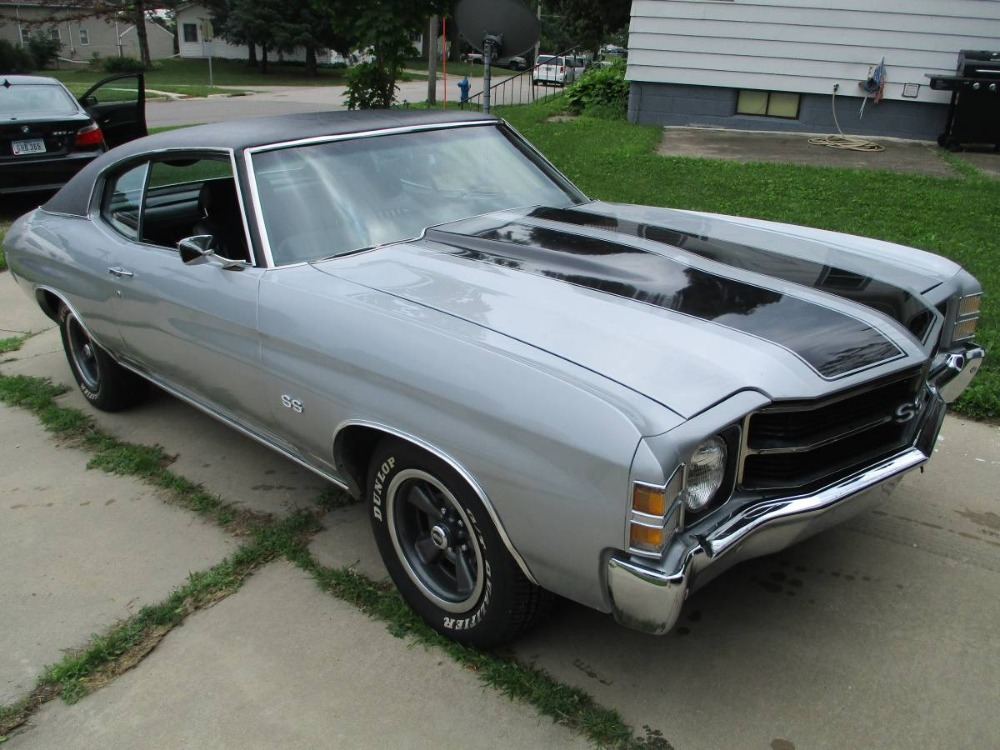 Used 1971 Chevrolet Chevelle -SS-CORTEZ SILVER-CRUISE N STYLE | Mundelein, IL